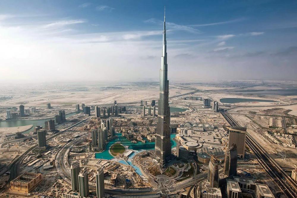 burj-khalifa-Dubai-aerial-tour