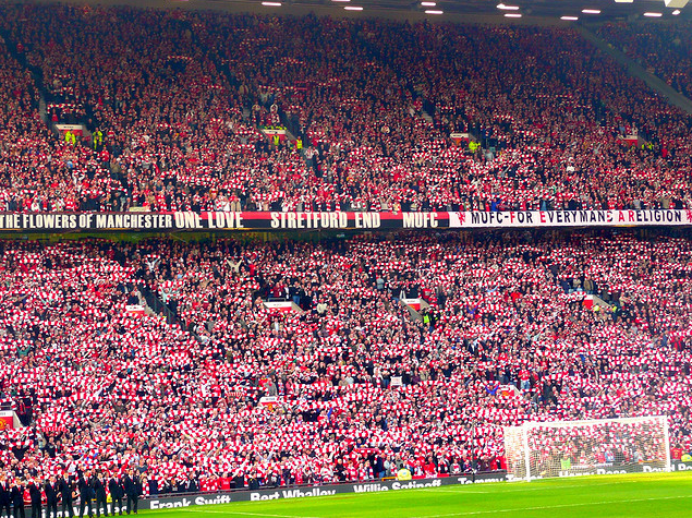 Stretford End and Man Utd Fans